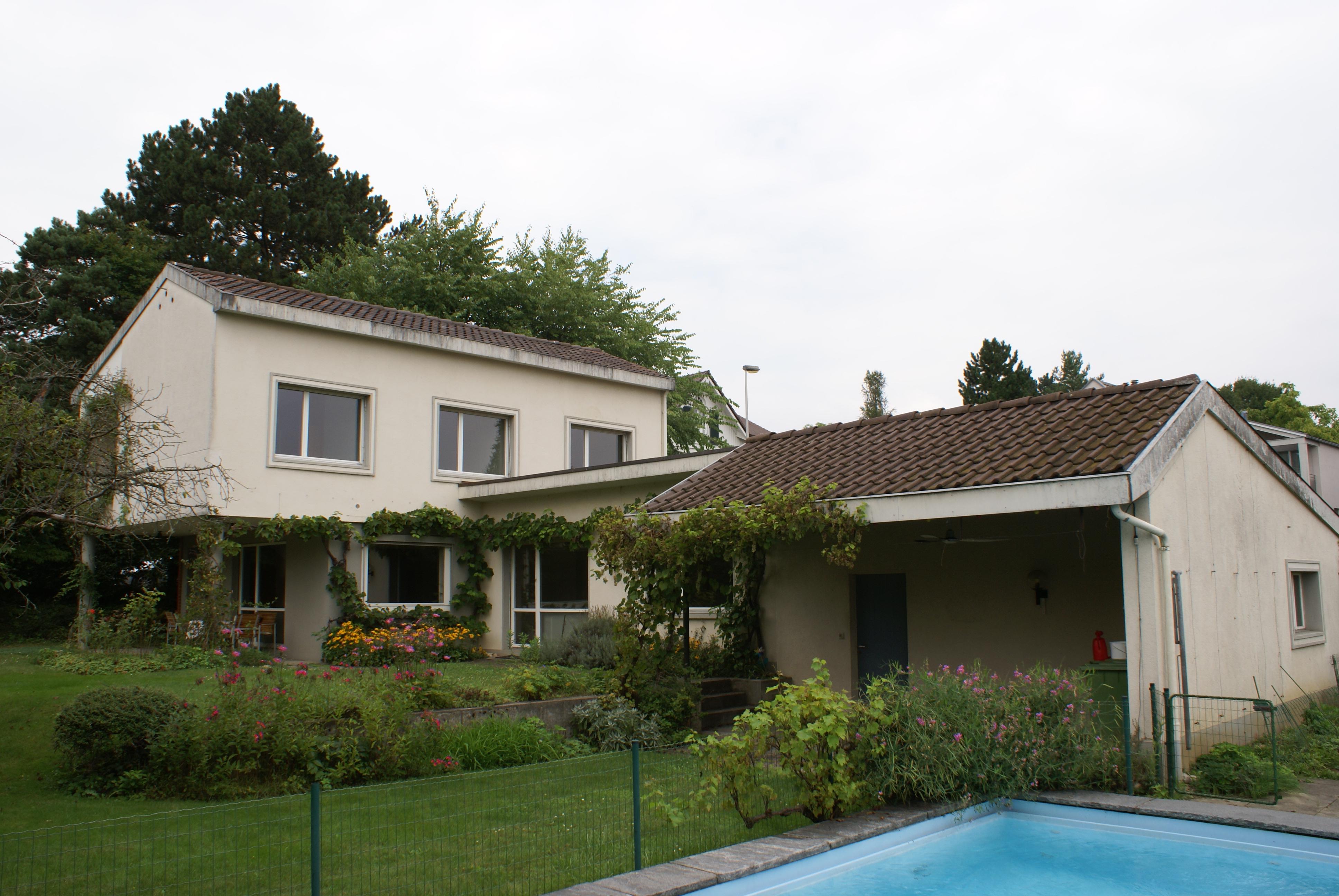 5,5-Zimmer-EFH mit Pool in Oberwil / BL (vermietet)