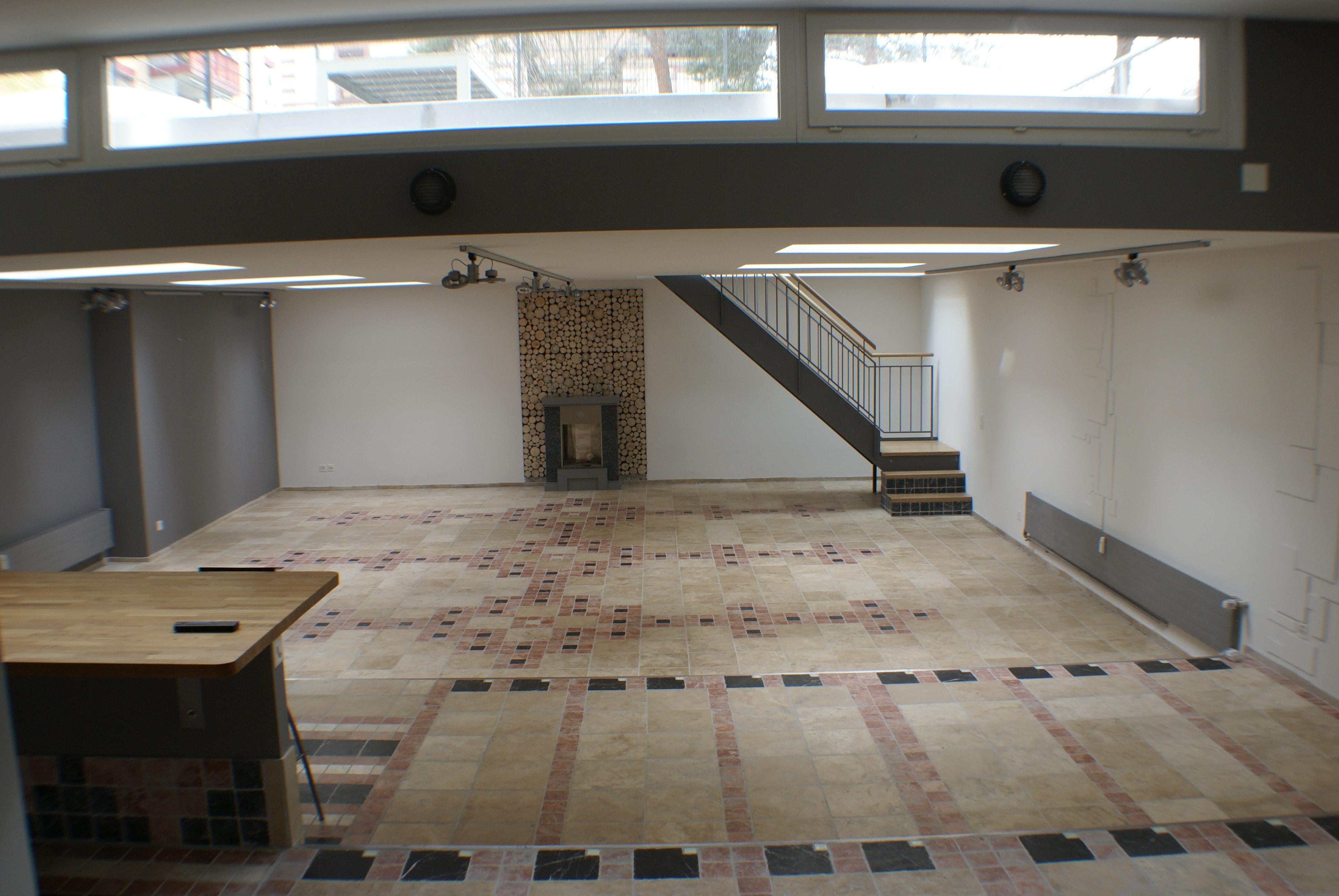 200 m2 Loft in Basel-Gundel- dingen (zu vermieten)