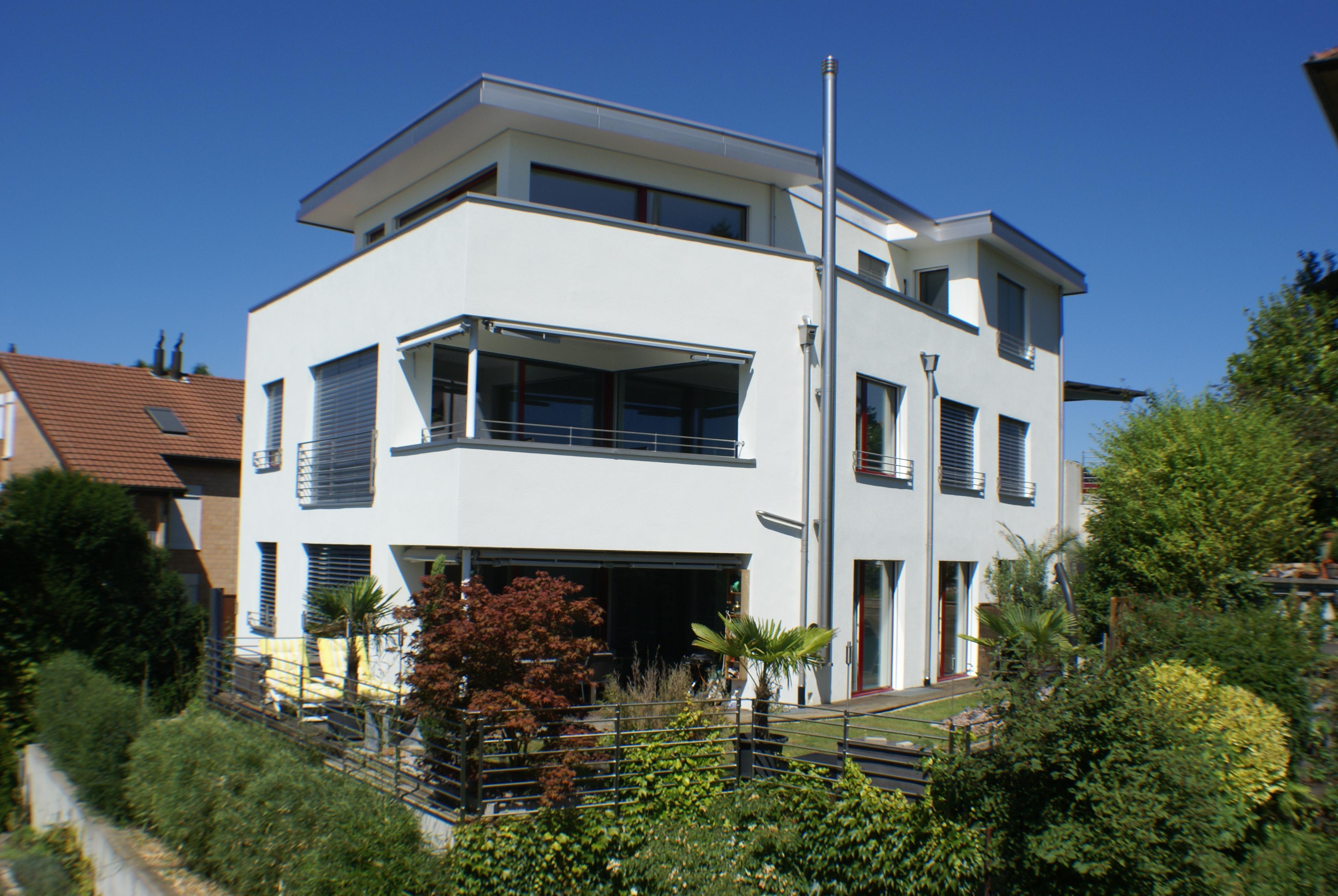 Dreiparteienhaus in Binningen (verkauft)
