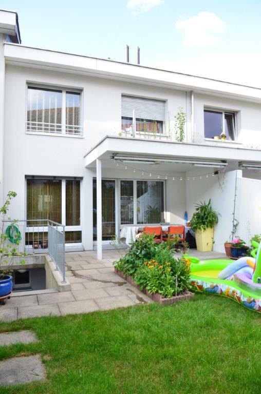 5,5-Zimmer-Reihen-EFH in Reinach / BL (verkauft)