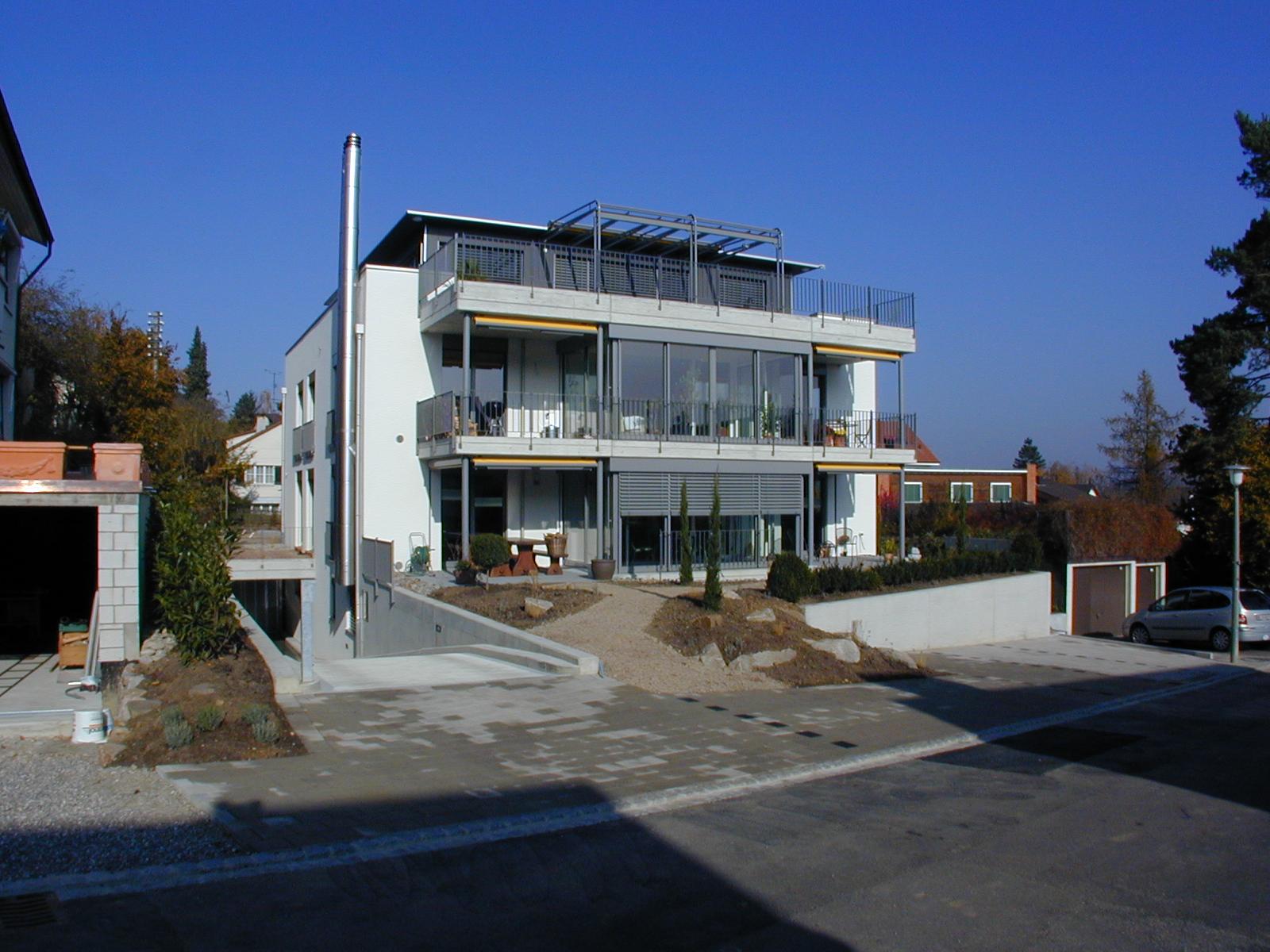 Dreiparteienhaus in Oberwil / BL (verkauft)