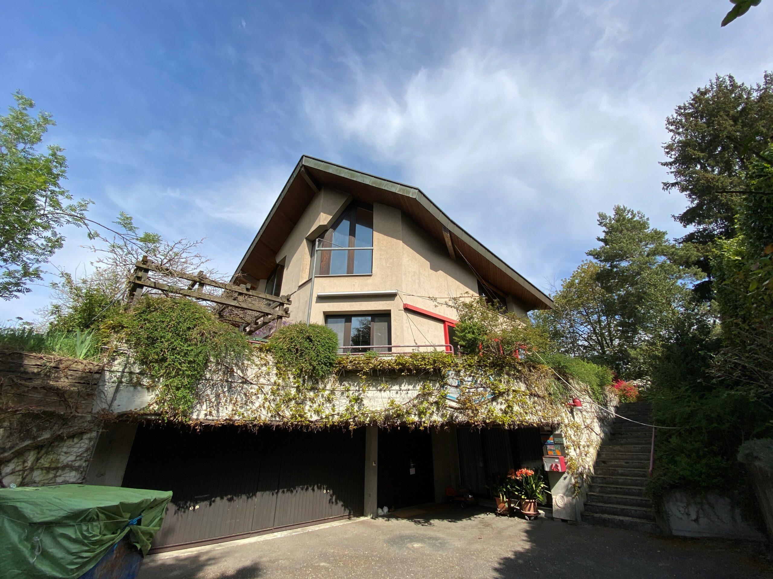 Charaktervolles, grosses Wohnhaus (zu verkaufen)