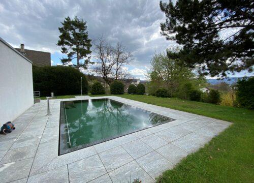 grosszügige Villa mit Pool (vermietet)